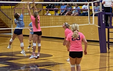 Potosi Blocks Out Salem on Pink Out Night