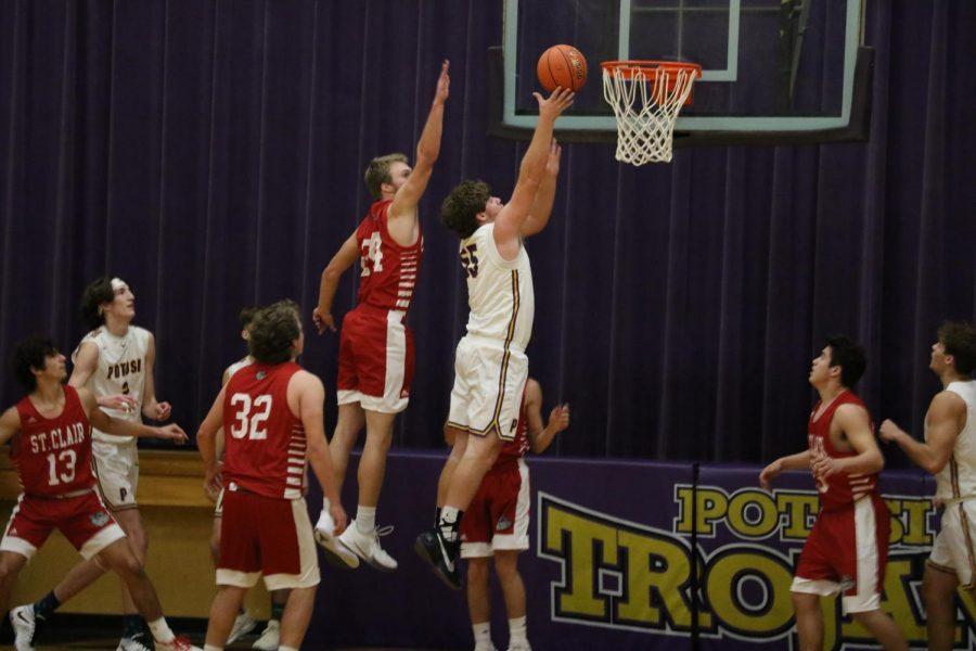 Boys Varsity Basketball Wins Senior Night